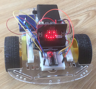 micro:bit robot friend